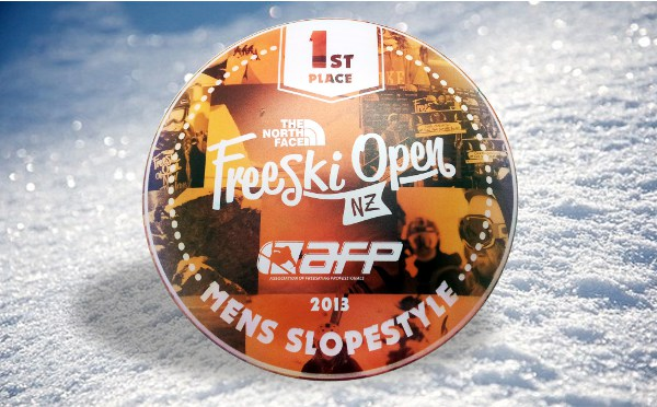 Freeski Open Disc Golf Award: Printing on 3D Objects